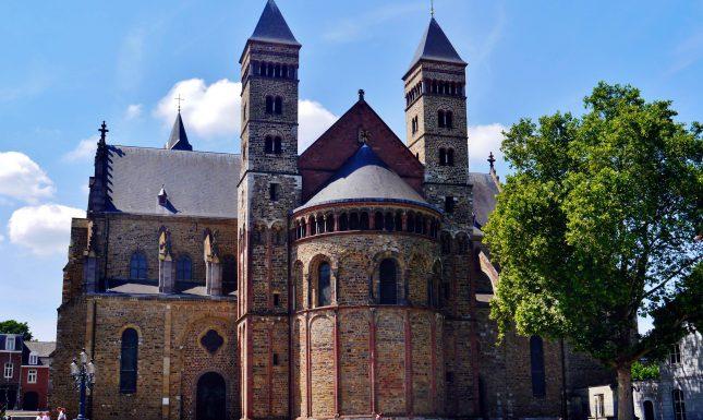 Maastricht Basiliek Sint Servaas Chor 3 Wikicommons edited